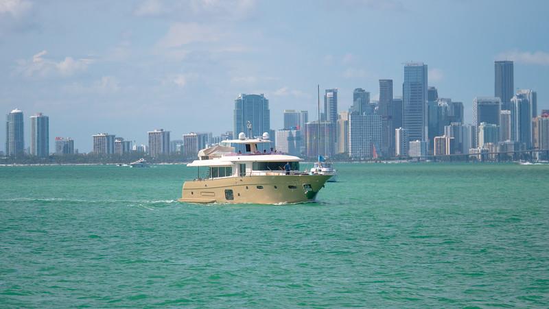 Yacht Scarlet_Lifestyle88.jpg