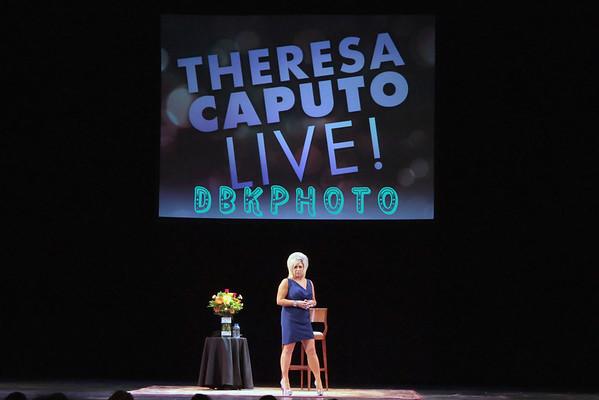DBKphoto / Theresa Caputo Live 10/13/2012
