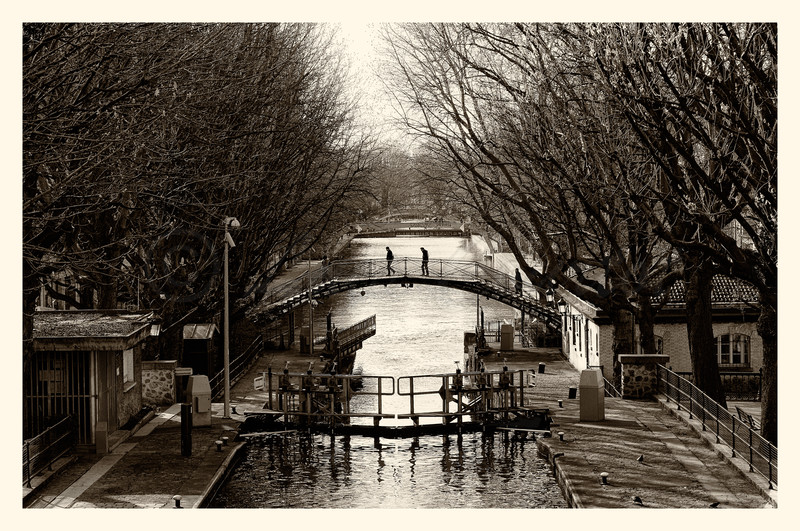20150327_Canal-st-Martin_0035solarise-BW.jpg