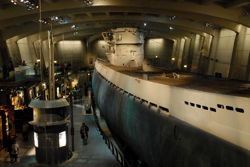 U505 starboard side 2.jpg
