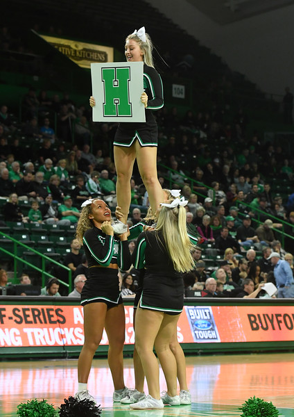 cheerleaders2790.jpg
