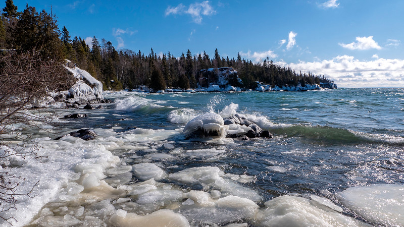 Sleeping-Giant-Provincial-Park-Winter-Hiking-08.jpg