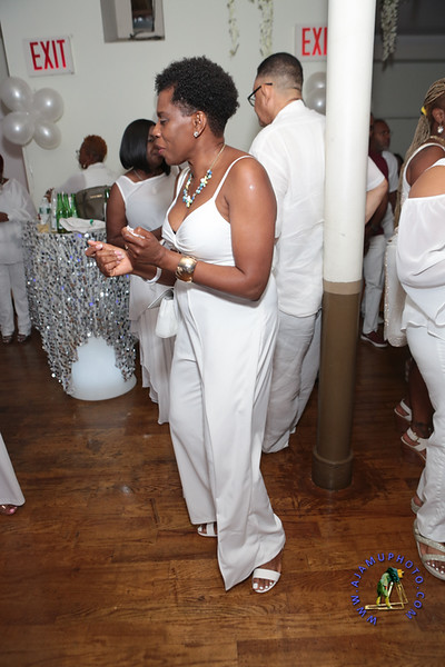 SHERRY SOUTHE WHITE PARTY  2019 re-112.jpg