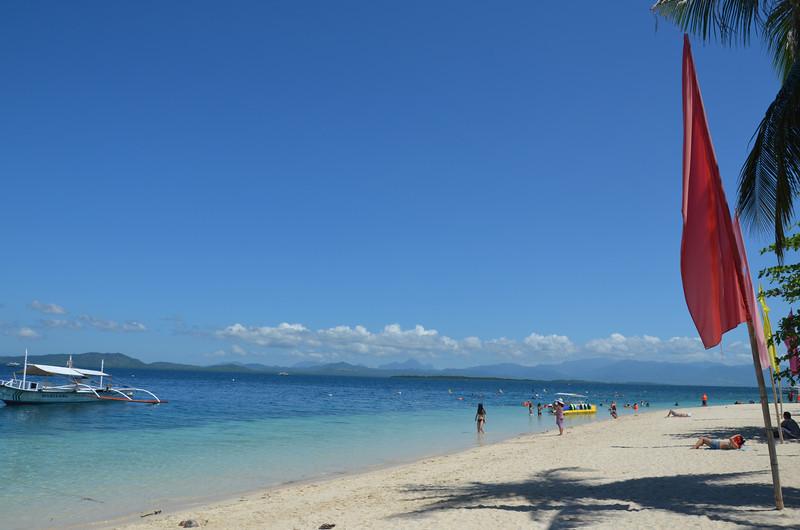 DSC_6516-isla-pandan-beach.JPG
