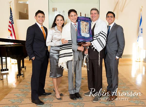 Wilson Schwartz Bar Mitzvah Family Photos