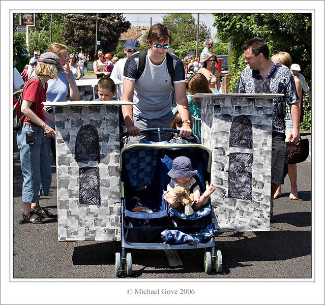 Toddlers Castles (61639759).jpg
