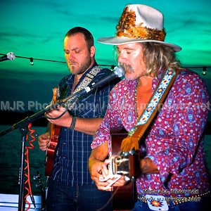 08.25.13 Photos Donavon Frankenreiter at The Surf Lodge