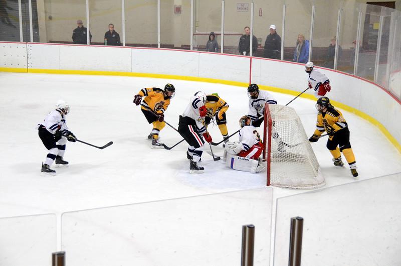 141004 Jr. Bruins vs. Boston Bulldogs-204.JPG