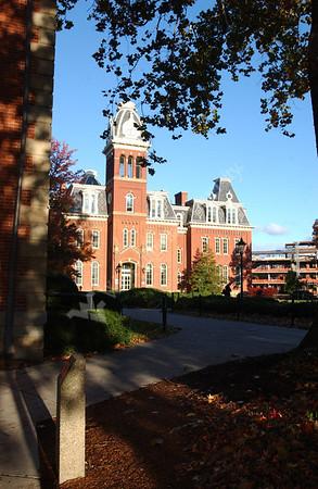 21769 Campus Scenes Fall PRT Woodburn