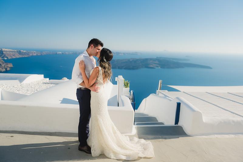 santorini-bride-first-look-sunset-anniversary-Anna-Sulte-2.jpg