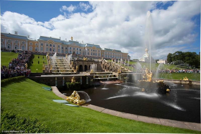 20160716 St Petersburg - Peterhof PAN 607 a NET.jpg