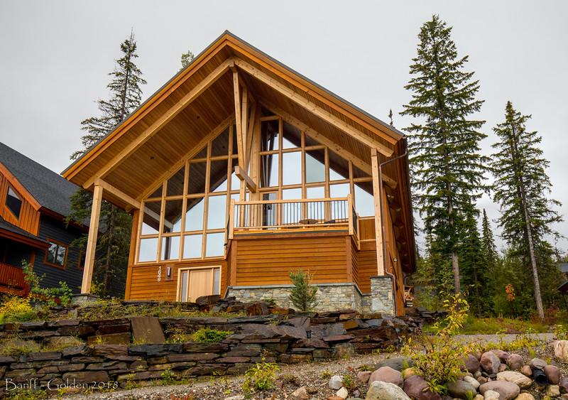 Banff-Golden-20180915-005.jpg