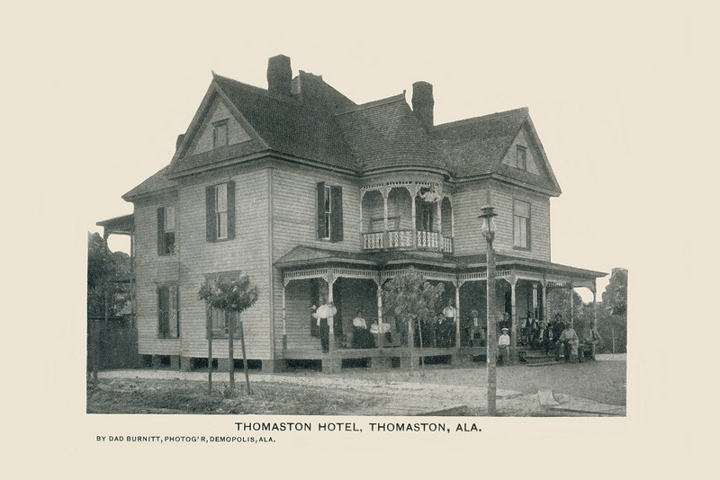 Thomaston Hotel. Photo by Dad Burnitt, Demopolis, Alabama