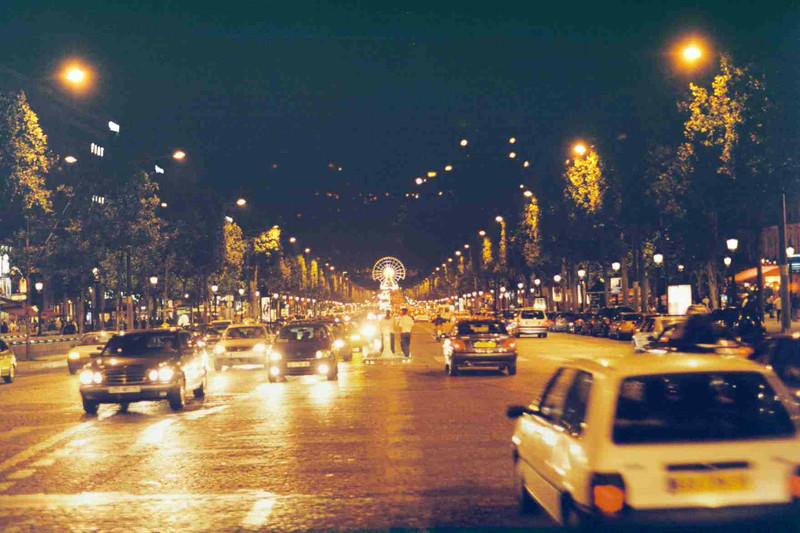 Champs-Elysees 2.jpg