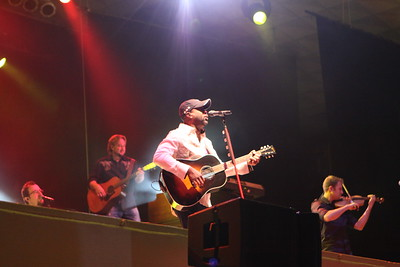 Darius Rucker at the Florida Strawberry Festival with WQYK... Sunday March 7, 2010