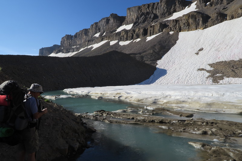 The Schoolroom Glacier moraine is eroded away allowing us to approach the east side of the lake.