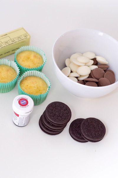 GingerbreadOreoCupcakes-ingredients2.jpg