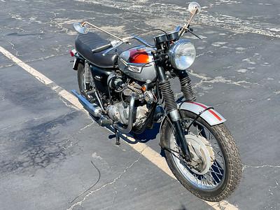 Triumph Bonneville (HF) on IMA