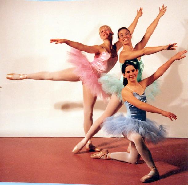 Dance_1104_a.jpg