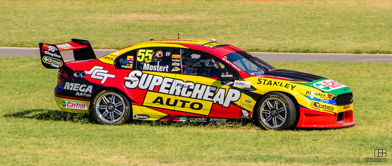 Chaz Mostert going cross-country