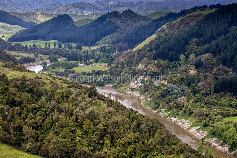 Whanganui river road and rural locations