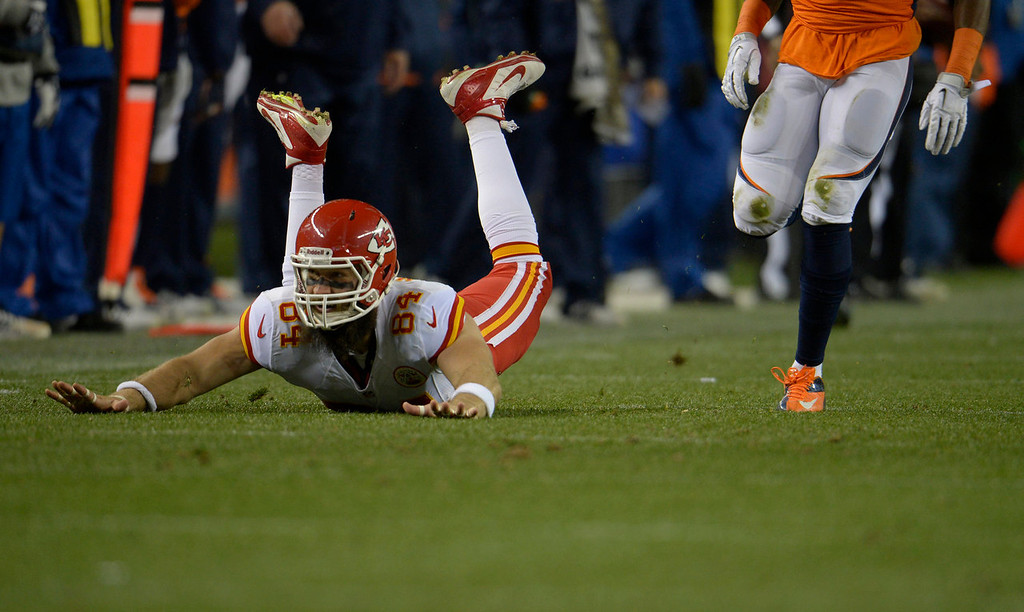 . Kansas City Chiefs tight end Sean McGrath (84) misses a pass in the first quarter. The Denver Broncos take on the Kansas City Chiefs at Sports Authority Field at Mile High in Denver on November 17, 2013. (Photo by Joe Amon/The Denver Post)