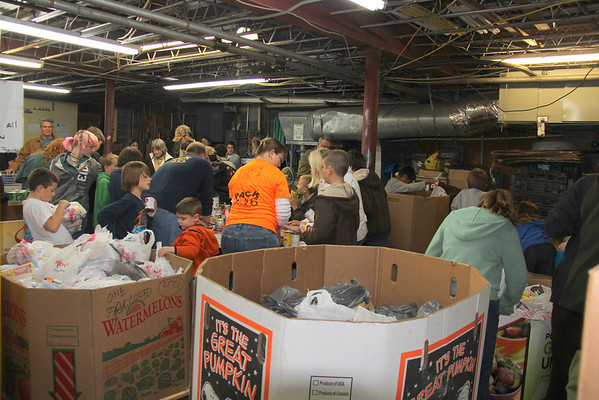 2012,  Scouts (Pack 146 & Troop 100) sort Scouting for Food - food drive