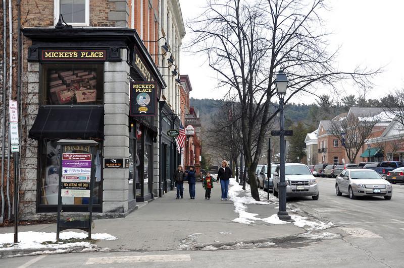 Main Street 04.jpg