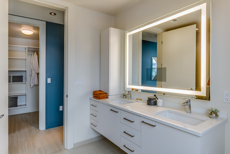 Bathroom 2-IMG_4583_enfB.jpg