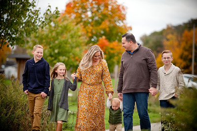 Akers Roll Familly Fall 2018