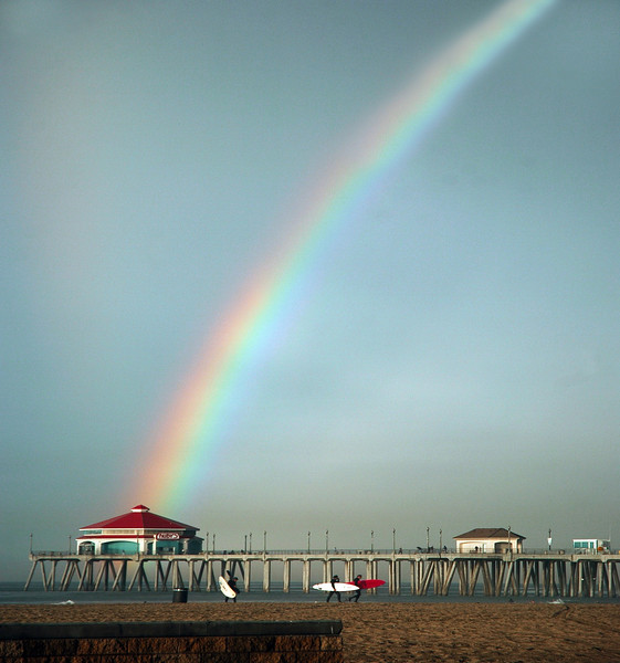 Rainbow's End Huntington Beach California.jpg