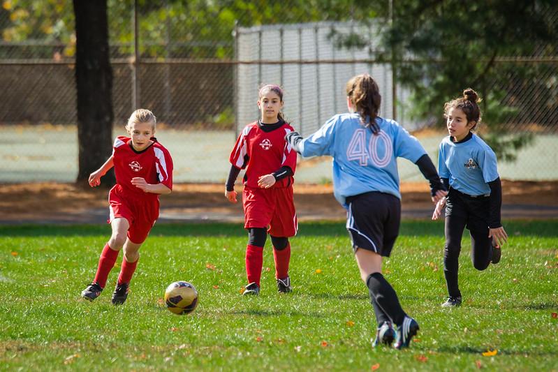 2013-10 Natalia soccer 2345.jpg