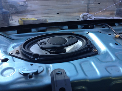 2000 Toyota Echo Rear Deck Speaker Installation - USA