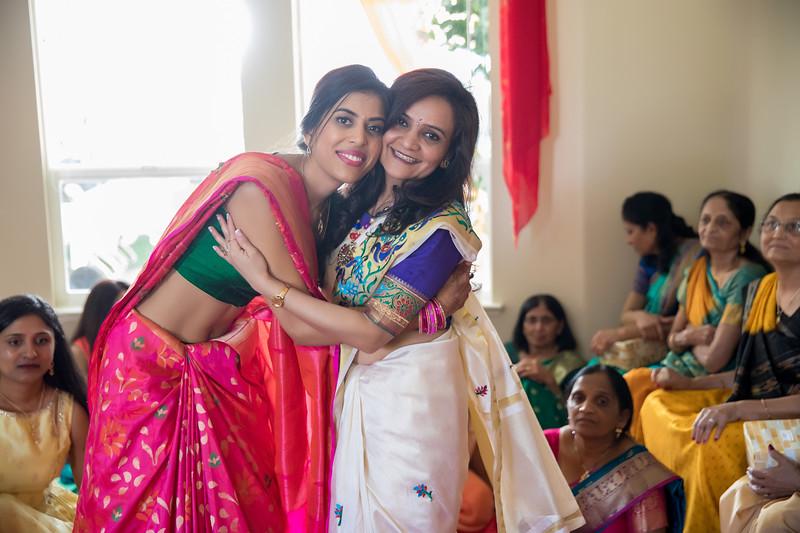 Hina_Pithi_Pooja-500.jpg