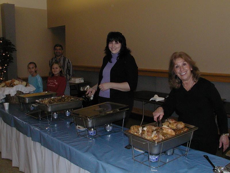 2005-11-19-Homeless-Lunch_003.jpg