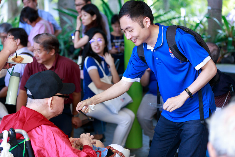 VividSnaps-Extra-Space-Volunteer-Session-with-the-Elderly-119.jpg