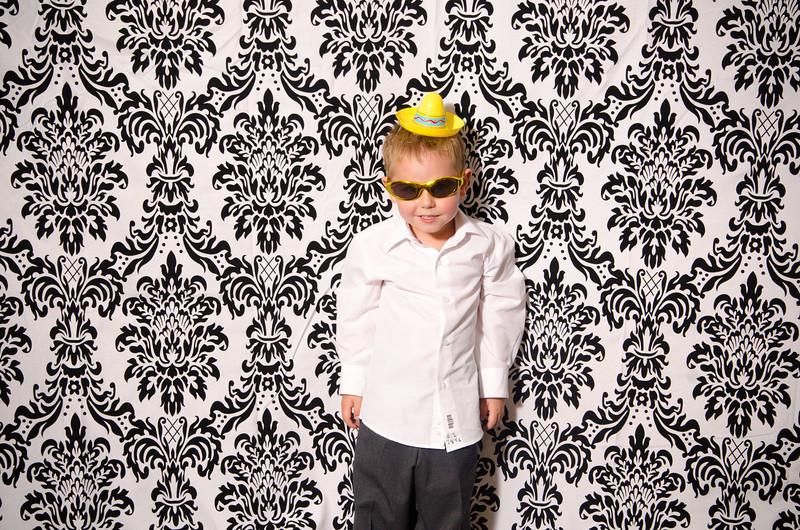 missy_bill_photobooth-091.jpg