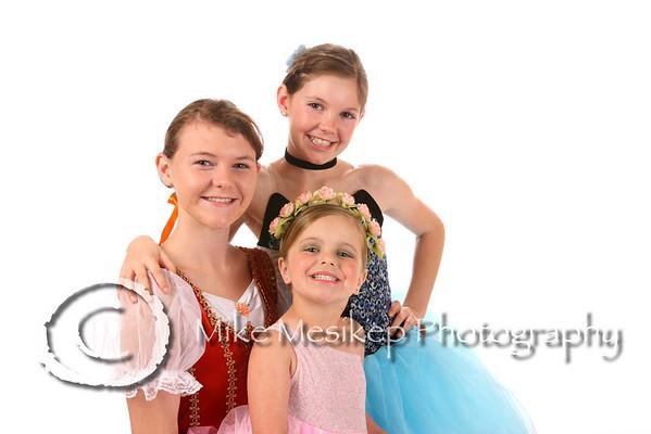 Kellie, Sabrina & Ella