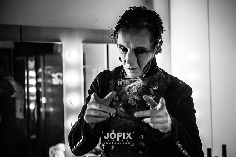 Powerwolf-offstage-2704.jpg