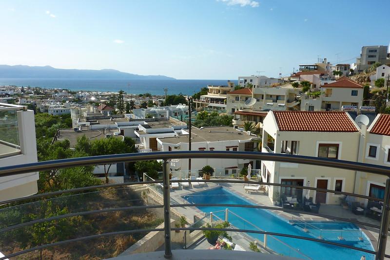 Utsikt frå balkongen...Kreta 2013