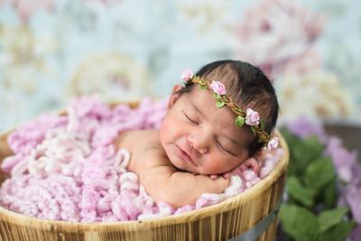 Mariza Newborn