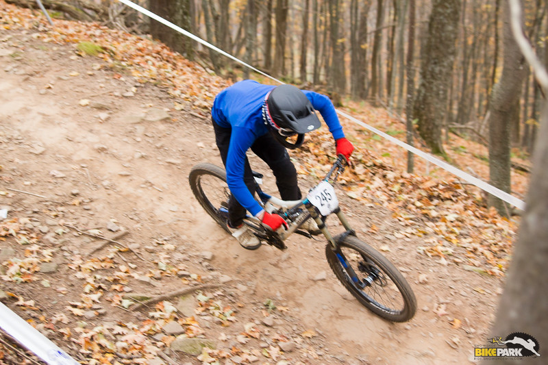 2015-mtb-collegiate-national-dh-275.jpg