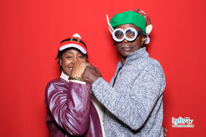 eastern-2018-holiday-party-sterling-virginia-photo-booth-0172.jpg