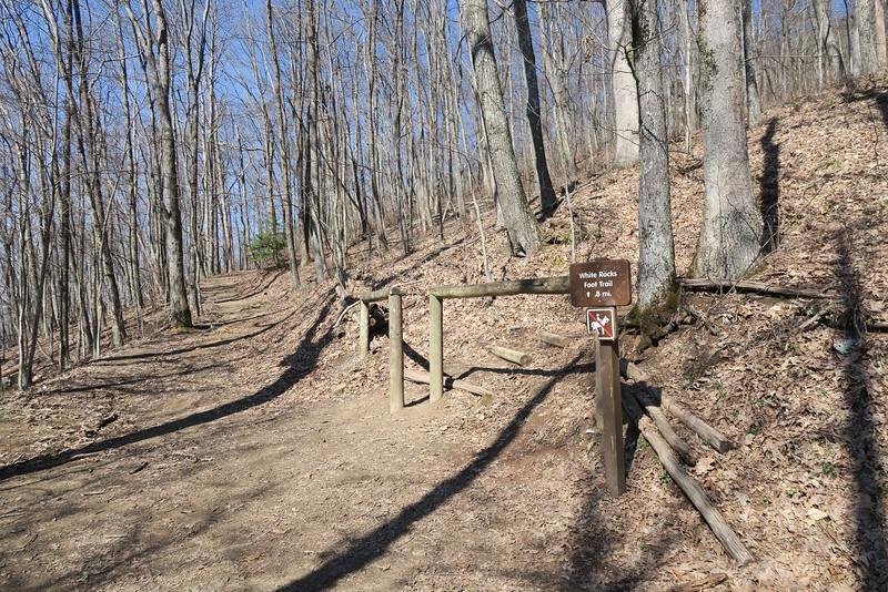 Ewing-White Rocks Overlook Trail Junction - 2,950'