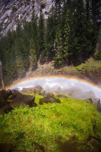 08_10-13_2017_Yosemite_VernalFallRainbow_02.jpg