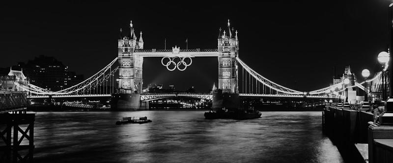 Tower Bridge 1 - FINAL BW.jpg