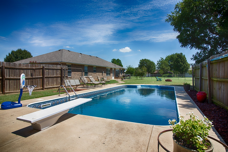 Back House Pool-2.jpg