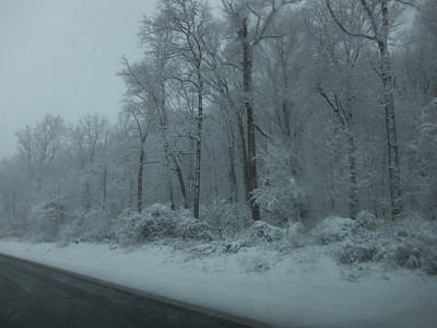 Snowy Drive on The Saw Mill Parkway NY 02-16-2010