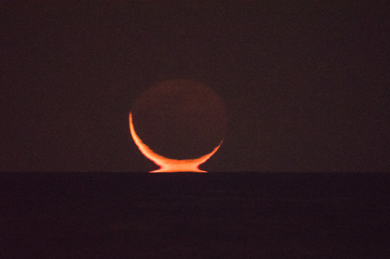 2019 9-26 Omega Crescent Moon Monmouth Beach-56_Full_Res.jpg