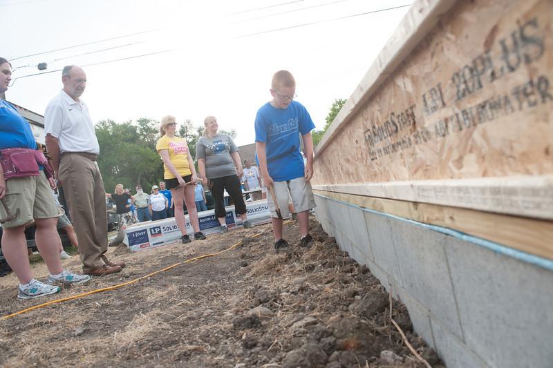 Habitat for Humanity Groundbreaking ceremony on chase street